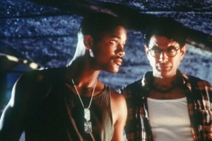 Will Smith eats alien invasions for breakfast and then writes PG rated raps about it!