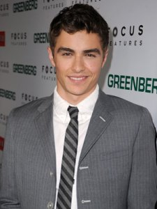 My attraction to Dave Franco is strong. You probably don't know who he is if you didn't watch the last season of Scrubs which statistically speaking you didn't