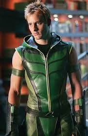 Oh HEY Smallville Green Arrow. (Not pertinent, just nice to look at occasionally)