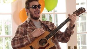 Chris Pratt Playing the Guitar And Being Adorable on Parks and Rec